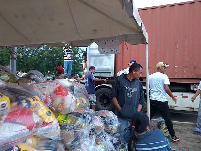 Governo Maduro organiza campanha de distribuição de alimentos em cidades fronteiriças à Colômbia