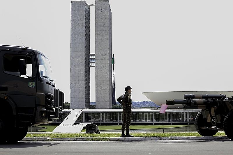 militares congresso nacional