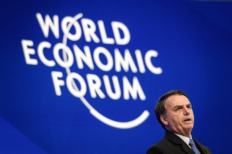 Bolsonaro adotou compartamento incomum ao encerrar sua fala em poucos minutos