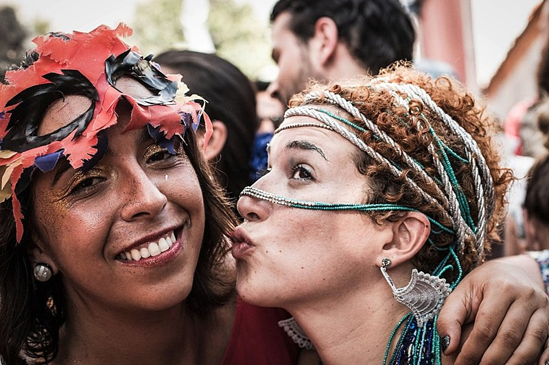 Foliãs unidas no carnaval 2016