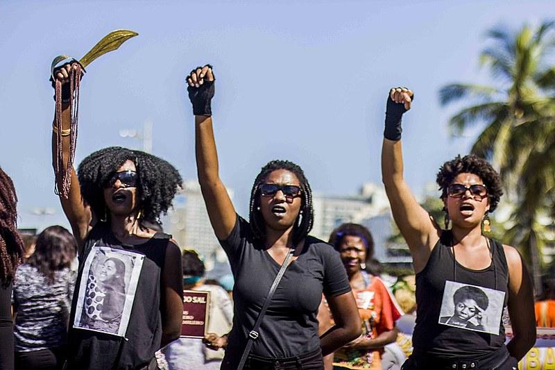 Marcha das mulheres negras em Copacabana, na zona sul do Rio de Janeiro