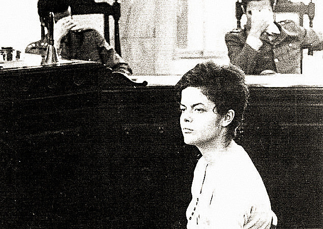 Dilma Rousseff durante auditoria militar do Rio de Janeiro, em 1970