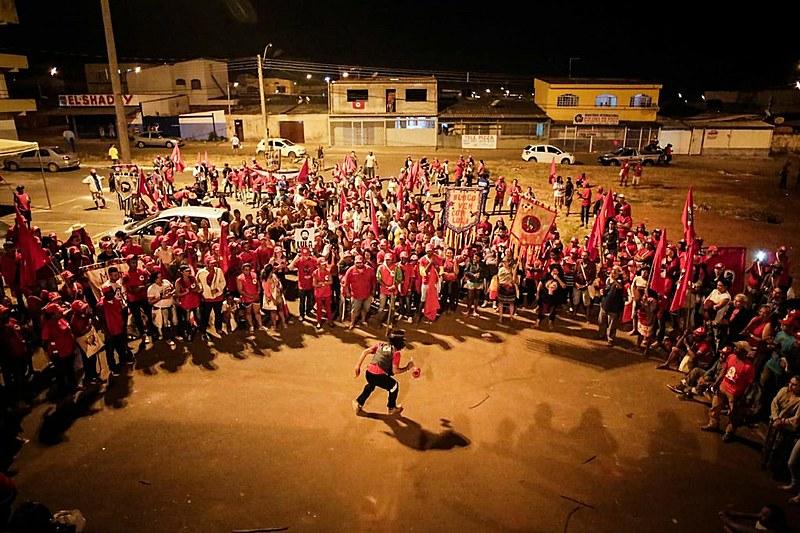 Coluna Tereza de Benguela, líder quilombolahomenageada por oito estados, realizou ato cultural em Samambaia (DF)