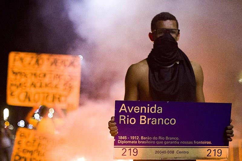 Ato em dia de Greve Geral foi recebido com truculência pela Polícia Militar no Rio de Janeiro