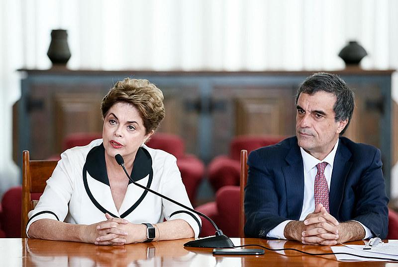 Ação afirma que processo foi iniciado por desvio de poder de Eduardo Cunha (PMDB)