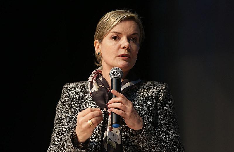 Presidenta nacional do Partido dos Trabalhadores, a senadora Gleisi Hoffmann