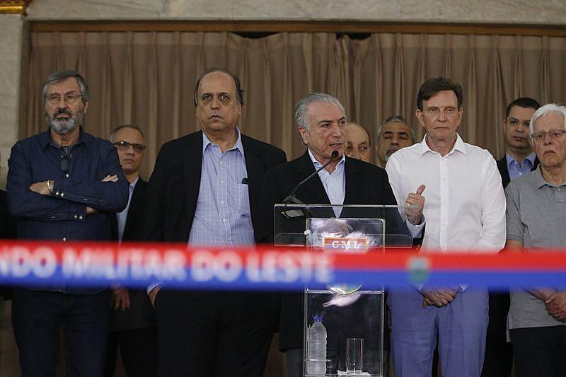 Temer se reúne no Rio para discutir operação de segurança