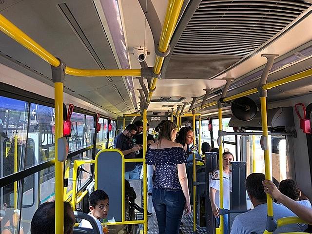 Em novembro do ano passado a prefeitura da cidade anunciou mudanças na frota de ônibus