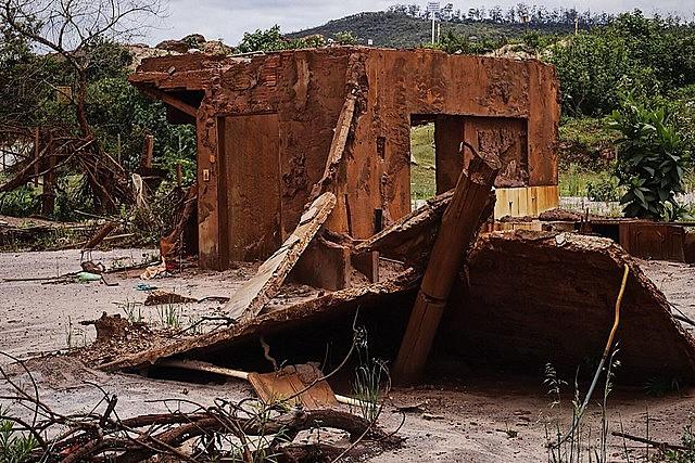 Ninguém foi preso ou responsabilizado criminalmente pelos danos causados pelo rompimento da barragem de Mariana, em 2015