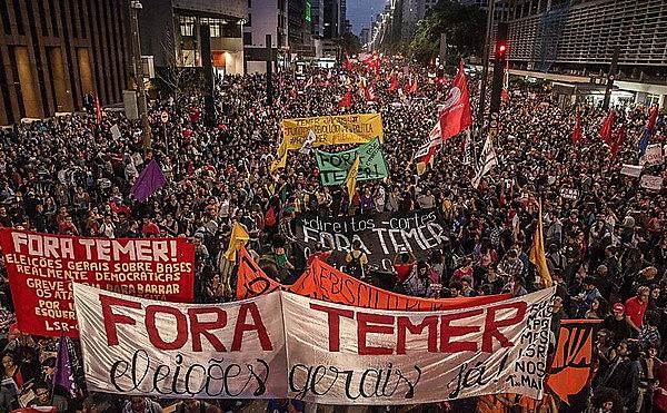 Apenas a CNTE afirma que mais de 1 milhão de profissionais da educação iniciarão a greve da categoria nesta quarta