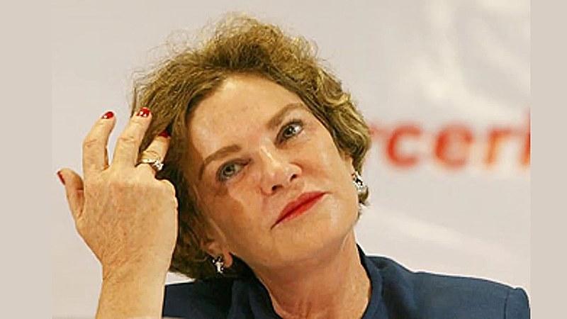 Segundo Kalil Filho, a ex-primeira dama já tinha um aneurisma, uma veia cerebral com malformação, diagnosticada há dez anos.