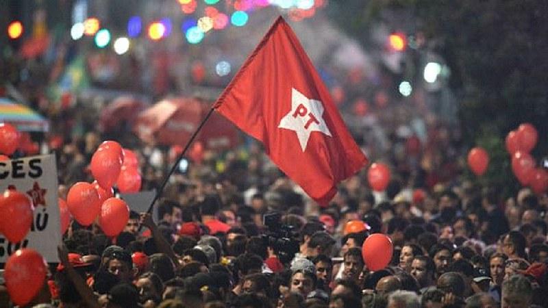 Agora, 10 de fevereiro de 2021, nos 41 anos do Partido das Trabalhadoras e dos Trabalhadores, e ano do centenário de Paulo Freire, uma feliz novidade e prioridade: 'FREIREAR O PT PARA ESPERANÇAR O BRASIL'