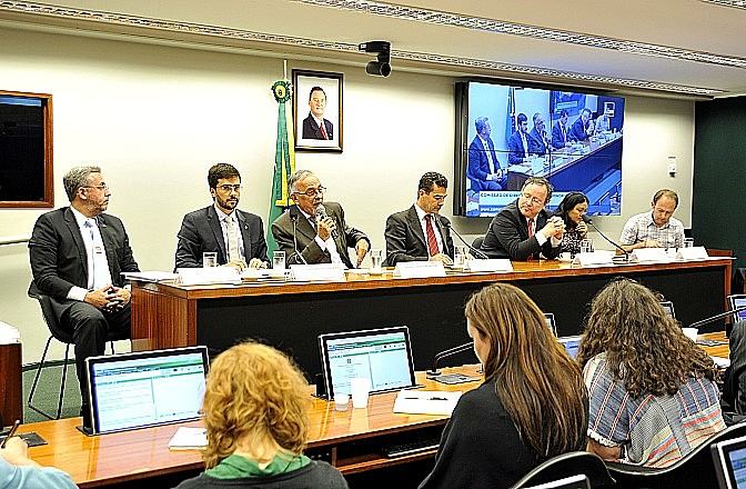 Audiência contou com a presença de parlamentares do Brasil e de Portugal, além entidades como a Funai e o Cimi