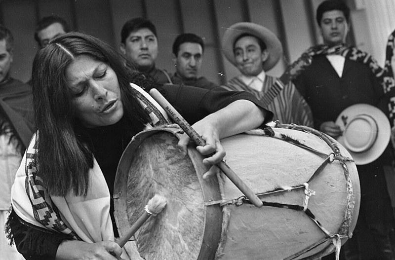 Mercedes Sosa é considerada a maior intérprete do folclore argentino