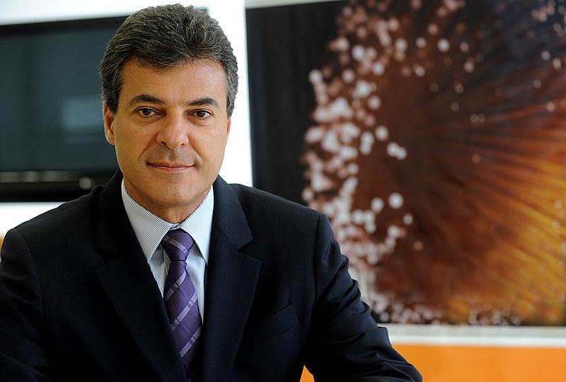 """Beto Richa (PSDB) é um dos citados nas investigações do Grupo de Atuação Especial de Combate ao Crime Organizado (Gaeco), do Ministério Público, na """"Operação Quadro Negro"""""""