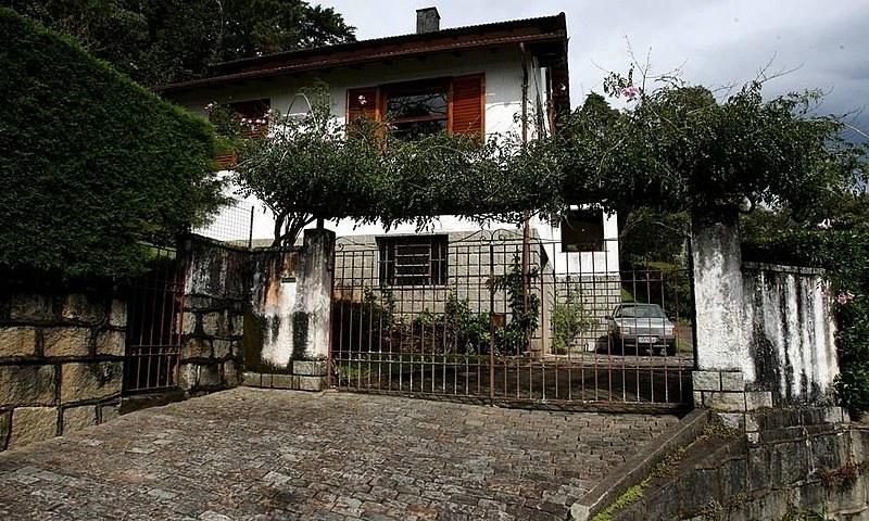 Depoimentos e investigações indicam que a casa funcionou como centro de tortura de 1971
