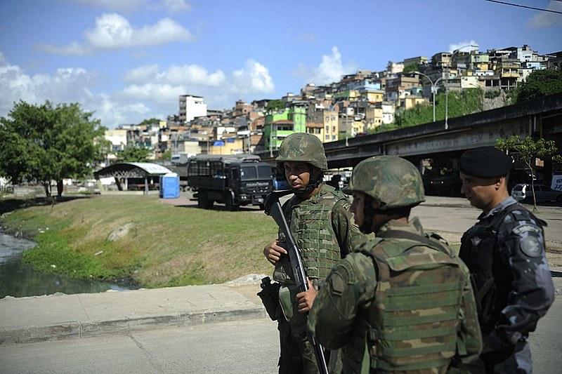 Relatório aponta que operações policiais diminuíram mas o número de mortes praticamente não foi alterado