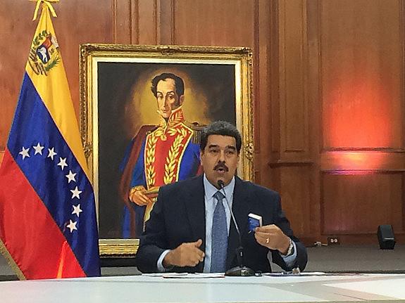 Presidente Nicolás Maduro em entrevista coletiva realizada nessa quarta-feira (9) no Palácio Miraflores, sede do governo
