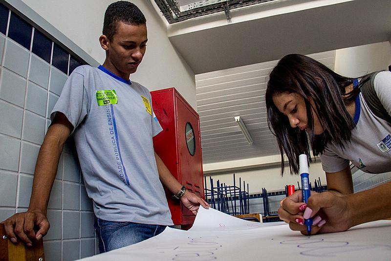 Durante ocupações, alunos trabalham para melhorar as escolas