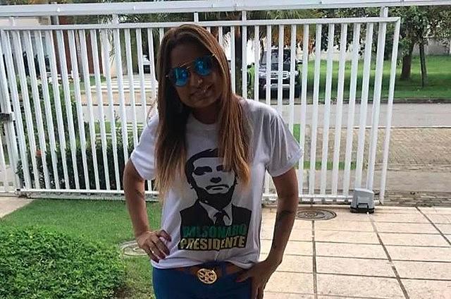 """Carmen afirmou que """"há anos"""" não se sentia """"tão emocionada"""", após vitória de Bolsonaro"""
