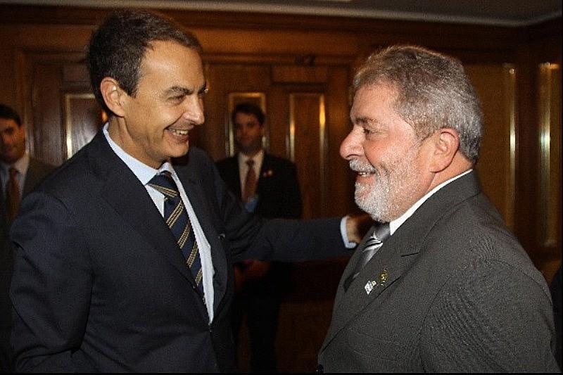 Lula, então presidente do Brasil, se encontra com Zapatero, então presidente da Espanha