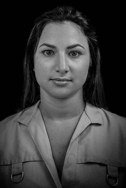 Mas, na verdade, essa é a Beatriz Simas, estudante de direito, que luta pelo fim da violência doméstica e familiar até hoje.