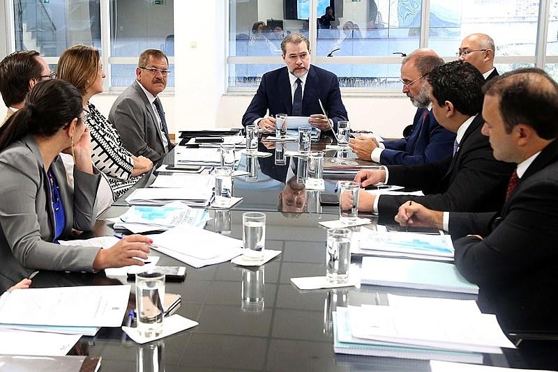 Toffoli se reúne com grupo de trabalho no CNJ para discutir a implementação do juiz de garantias