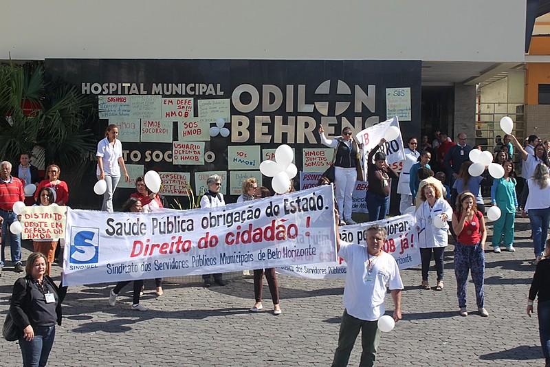 Manifestação aconteceu na manhã desta quarta (19)
