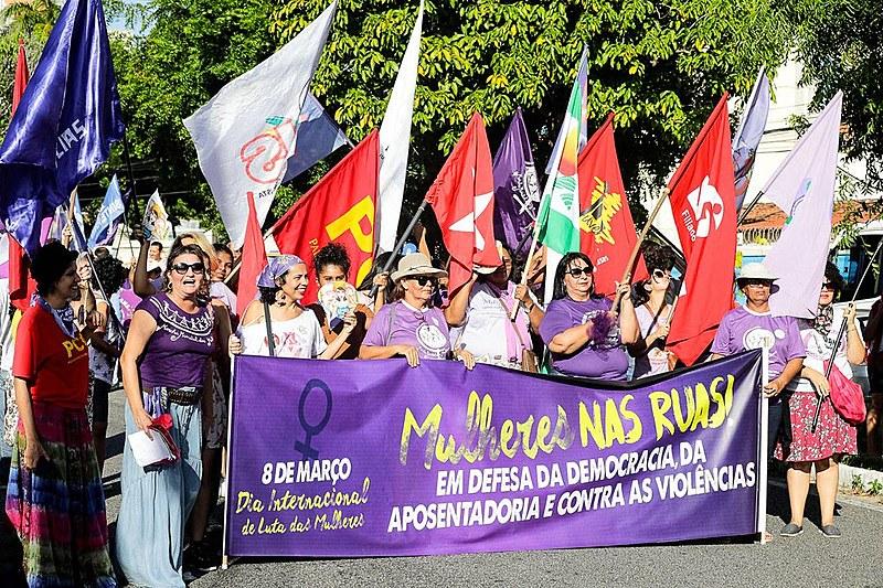 Uma das bandeiras principais de luta nessa conjuntura é a defesa da democracia