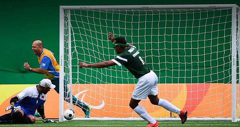 Nonato comemora gol contra o Marrocos na estreia do Brasil no Rio-2016.