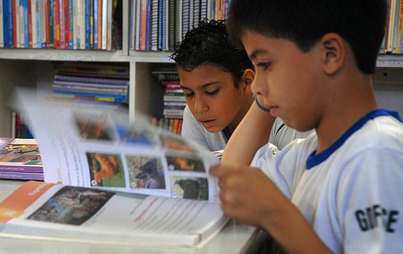 Pesquisa do Instituto Pró-Livro apontou que 44% dos brasileiros não cultivam o hábito de leitura