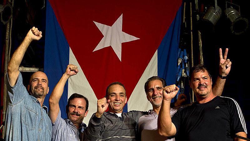 Os cinco cubanos permaneceram mais de 15 anos presos após serem pegos durante missão secreta nos EUA
