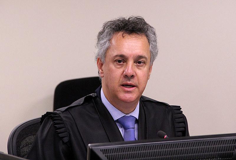 Desembargador João Pedro Gebran Neto no julgamento de recursos da Lava Jato na 8ª Turma do TRF4