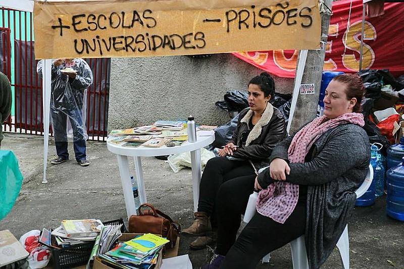Manifestantes poderão fazer atos diários na frente da sede da superintendência da Polícia Federal