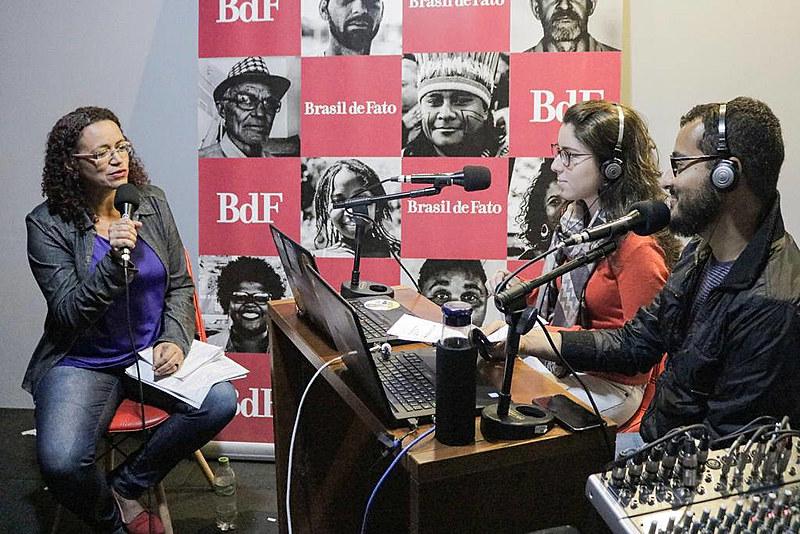 Estúdio da Rádio Brasil de Ftao em São Paulo; transmissão de programa em emissoras paulistas teve início em 2017