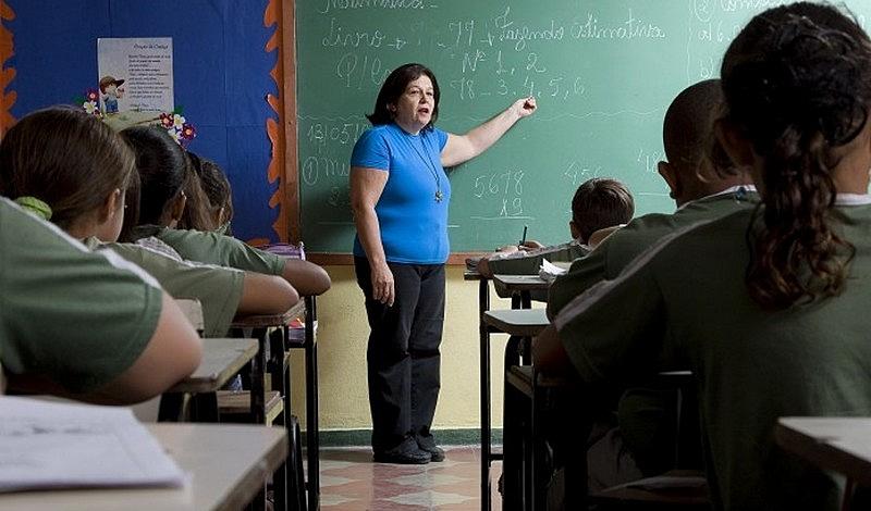 O projeto prevê que 70% do fundo seja destinado ao salário dos profisisonaisda educação.
