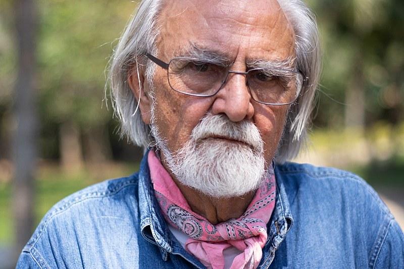 """Para Armando Bartra, mundo vive """"crise ambiental final; isso é o capitalismo do fim do mundo. Ou acaba o capitalismo ou acaba o mundo"""""""