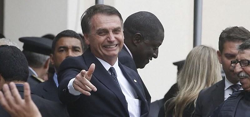 Porte de armas foi liberado por decreto de Bolsonaro para quase 20 categorias profissionais; ações na Justiça podem impedir sua vigência