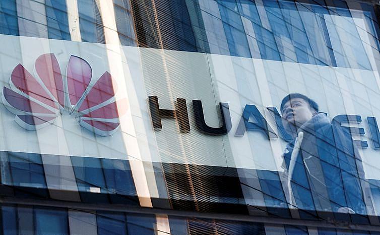 A empresa chinesa Huawei é responsável pela criação e aperfeiçoamento do 5G, a quinta geração de internet móvel.