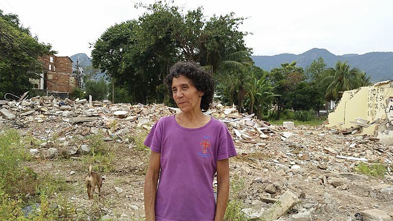 Resistência de Maria Penha é retratada no livro lançado pelo Pacs