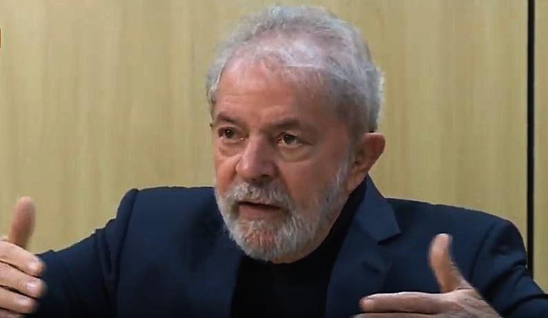 Entrevista foi feita pelos jornalistas Juca Kfouri e José Trajano e transmitida pela TVT na noite desta quinta-feira (13)