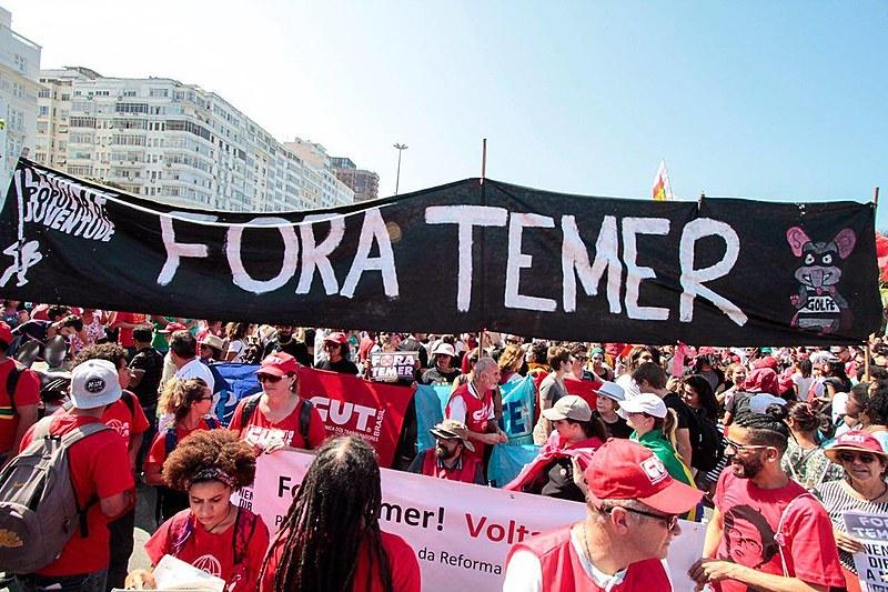 Concentração do ato ocorreu em frente ao Copacabana Palace