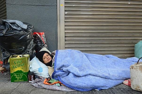 A crise sanitária de 2020 aprofundou a crise econômica, social e política em curso no Brasil