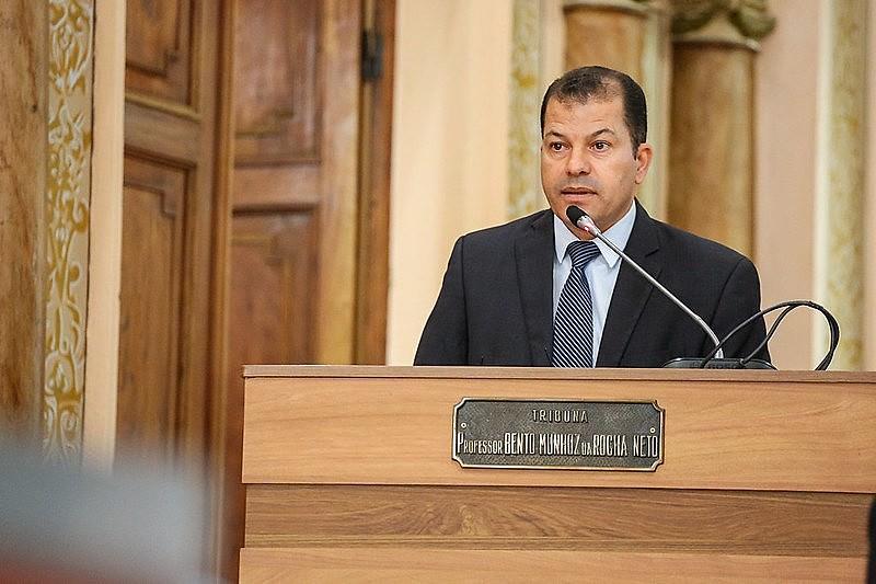 Presidente da CMC no Pacotaço, Serginho do Posto defendeu aporte no CuritibaPrev