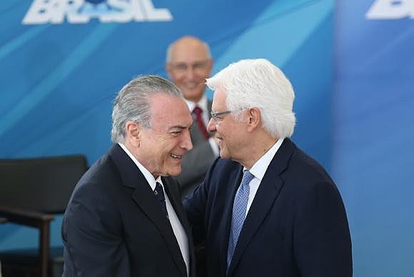 Homem de confiança de Temer, Moreira Franco também é sogro de Rodrigo Maia (DEM-RJ), reeleito presidente da Câmara na última quinta