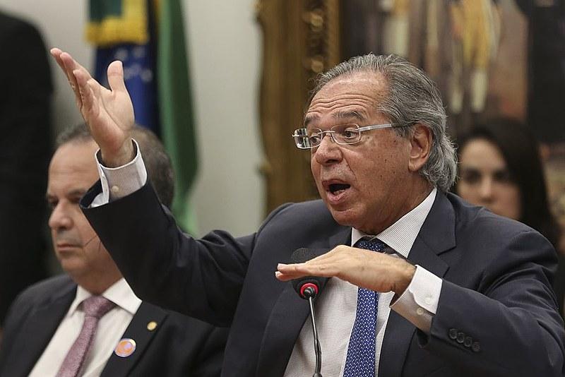 Guedes e sua equipe não apresentaram a planilha de cálculos para demonstrar a economia de um trilhão e duzentos milhões de reais