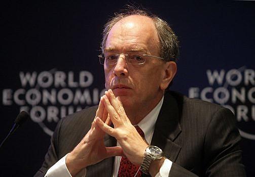 A Petrobras deve anunciar ainda nesta sexta o nome da pessoa que irá presidir a empresa.