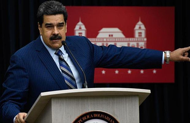 """Ao rechaçar o convite, Maduro afirmou que """"jamais compareceria à posse de um presidente que é expressão da intolerância, do fascismo"""""""