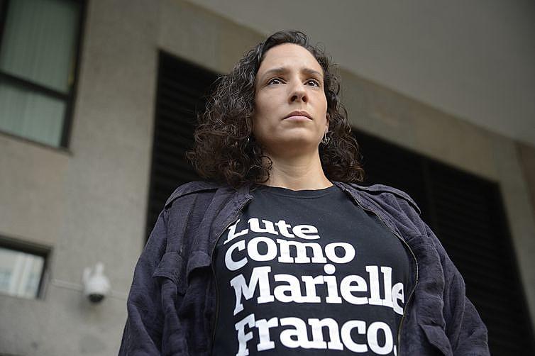 Mônica relatou que foi perseguida por um carro e abordada por um homem na rua, ela prestou depoimento ontem (6) na Delegacia de Homicídios