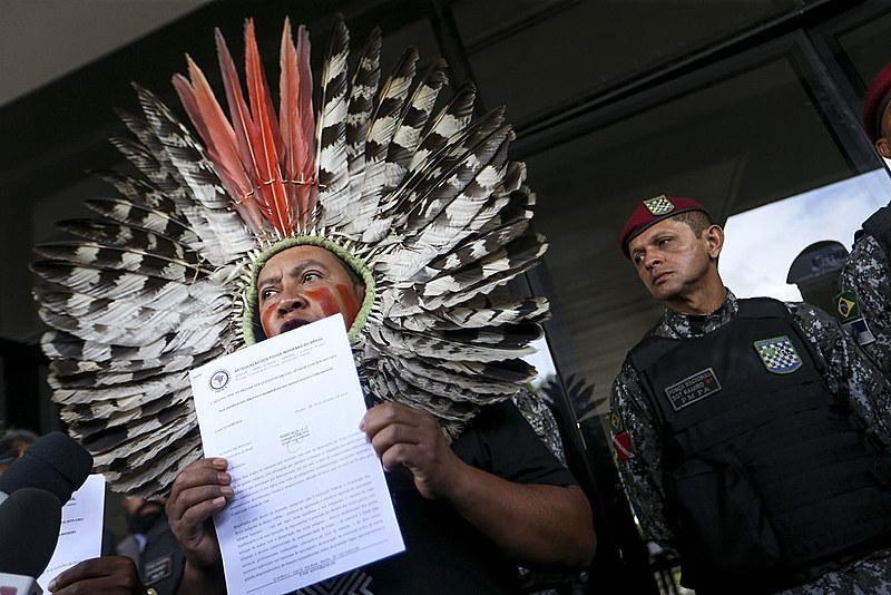Indígenas protestam contra medidas do governo Bolsonaro